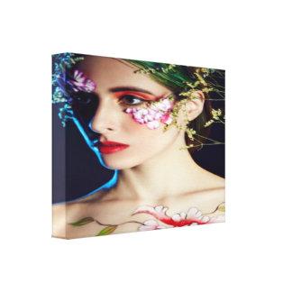 Cara envuelta de la lona con las flores impresión en lienzo