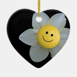 Cara feliz adorno navideño de cerámica en forma de corazón