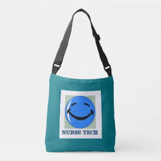 Cara feliz de la tecnología de la enfermera bolsa cruzada