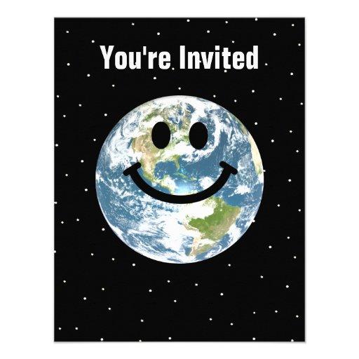 Cara feliz del smiley de la tierra invitación