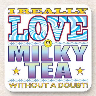 Cara lechosa del amor del té posavasos