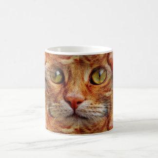 Cara psicodélica del gato taza de café