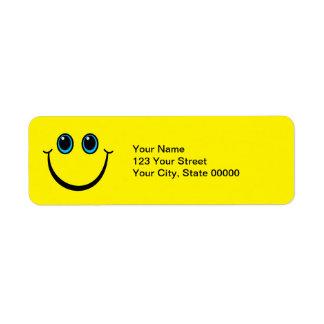 Cara sonriente amarilla etiqueta de remitente