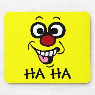 Cara sonriente divertida Grumpey Alfombrilla De Ratón