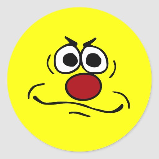 Cara sonriente enfadada Grumpey Etiqueta Redonda
