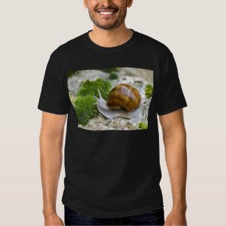 Caracol de Borgoña Camisetas