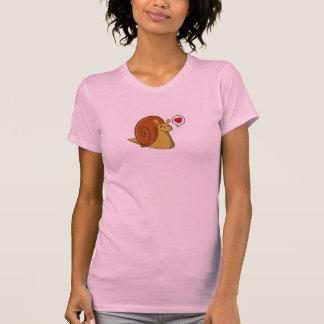 Caracol del amor camisetas
