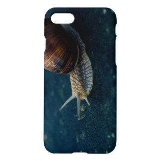 Caracol en el primer azul, fotografía del animal funda para iPhone 7