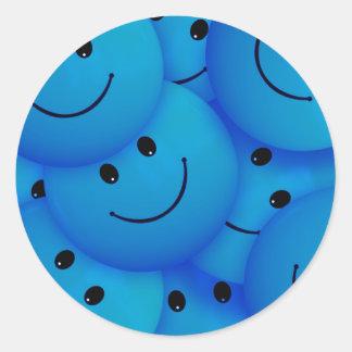 Caras sonrientes azules felices frescas de la pegatina redonda