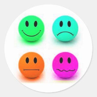 Caras sonrientes emocionales pegatinas redondas
