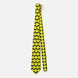 Caras sonrientes felices amarillas corbata personalizada