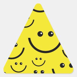 Caras sonrientes pegatina triangular