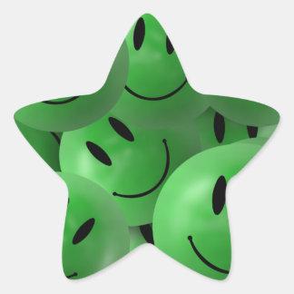 Caras sonrientes verdes felices frescas de la pegatina en forma de estrella