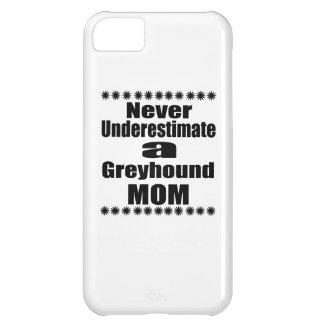 Carcasa iPhone 5C Nunca subestime a la mamá del galgo