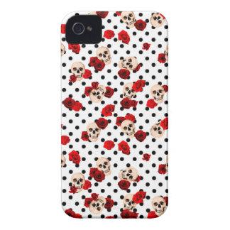 Carcasa Para iPhone 4 Cráneos y rosas