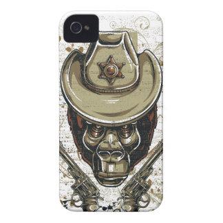 Carcasa Para iPhone 4 De Case-Mate cráneo del vaquero del mono con los armas gemelos