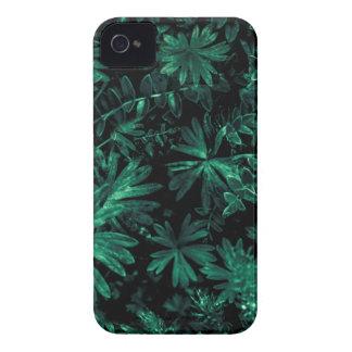 Carcasa Para iPhone 4 De Case-Mate Foto oscura de la flora