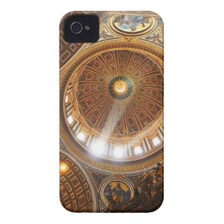 Carcasa Para iPhone 4 De Case-Mate Interior de la basílica de San Pedro en Roma,