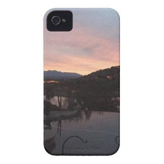 Carcasa Para iPhone 4 De Case-Mate Salida del sol lateral de la piscina