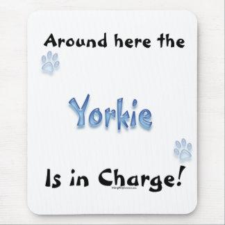Carga de Yorkshire Terrier Alfombrilla De Ratón