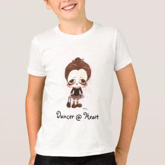 Caricatura joven del bailarín camiseta