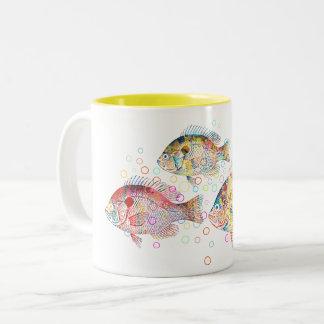 Carpas coloridas taza de café de dos colores