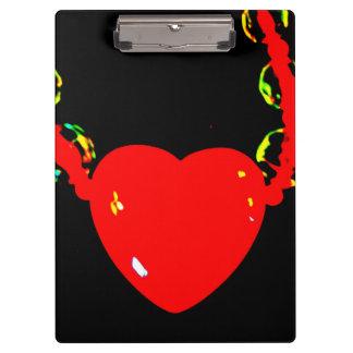 Carpeta De Pinza Collar rojo del corazón