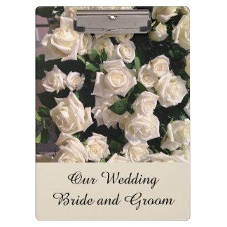 Carpeta De Pinza El casarse adaptable de los rosas blancos de novia