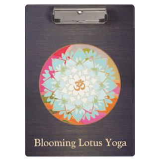 Carpeta De Pinza Madera floral de la mandala de OM Lotus