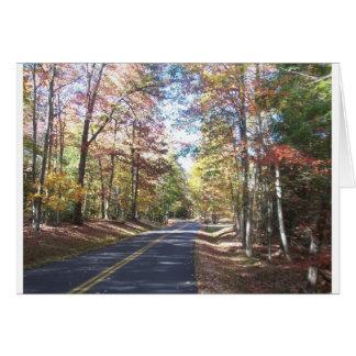Carretera nacional del otoño tarjeta de felicitación
