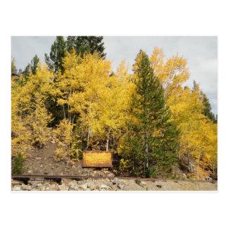 carro amarillo del mineral tarjetas postales