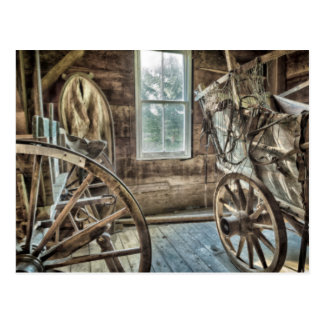 Carro cubierto, rueda de carro de madera postal