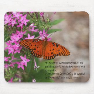 cartel_juan_8_31-32_con_mariposa_4 alfombrilla de ratón