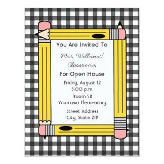 Casa abierta de la sala de clase: Lápices Invitación 10,8 X 13,9 Cm