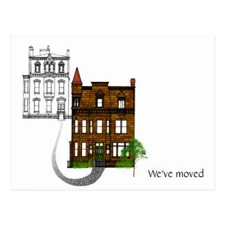 Casa clásica que nos hemos movido postal