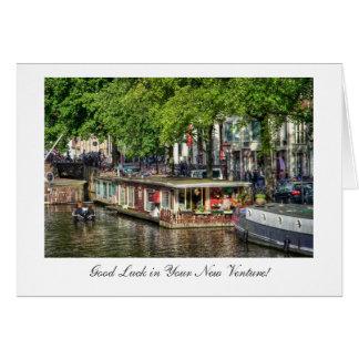 Casa flotante del canal, buena suerte en nueva tarjeta de felicitación