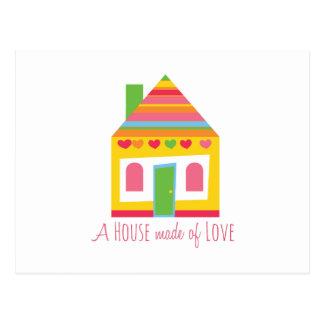 Casa hecha de amor postal