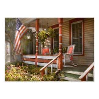 Casa - pórtico - americano tradicional invitación 12,7 x 17,8 cm