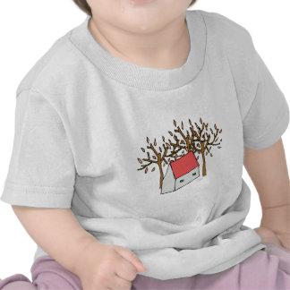 Casa y árboles camiseta