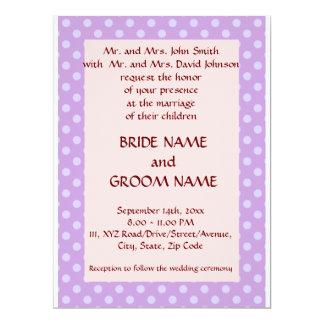 Casando los lunares Ceremonia-Violetas, pique el Invitación 16,5 X 22,2 Cm