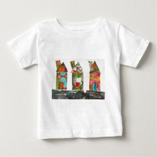 Casas coloridas camisetas