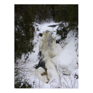 Cascada congelada postal