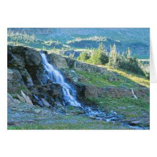 Cascada en el Parque Nacional Glacier Montana Tarjeta De Felicitación