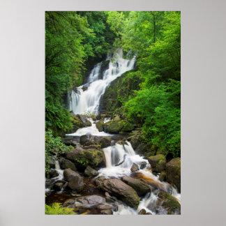 Cascada escénica, Irlanda de Torc Póster