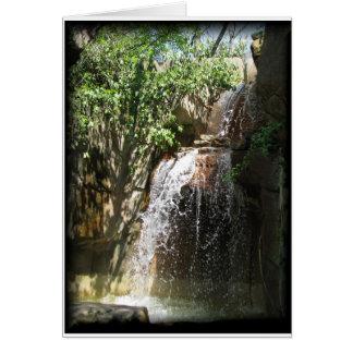Cascada Tarjeta Pequeña