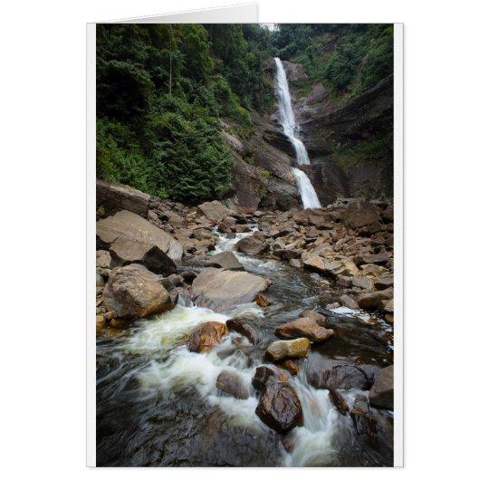 Cascada y río de la naturaleza tarjeta de felicitación