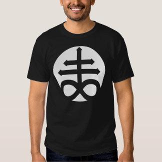 Casco cruzado satánico camisas