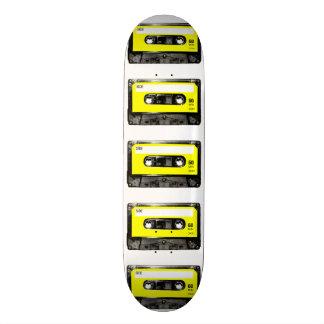 Casete amarillo de la etiqueta patineta personalizada