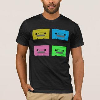 casete verde, casete rosado, casete azul, grito… camiseta