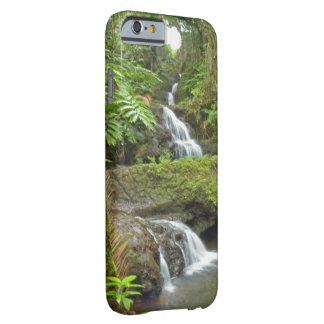 """CASO de iPHONE6/6S """"de las CASCADAS de CONEXIÓN EN Funda Barely There iPhone 6"""
